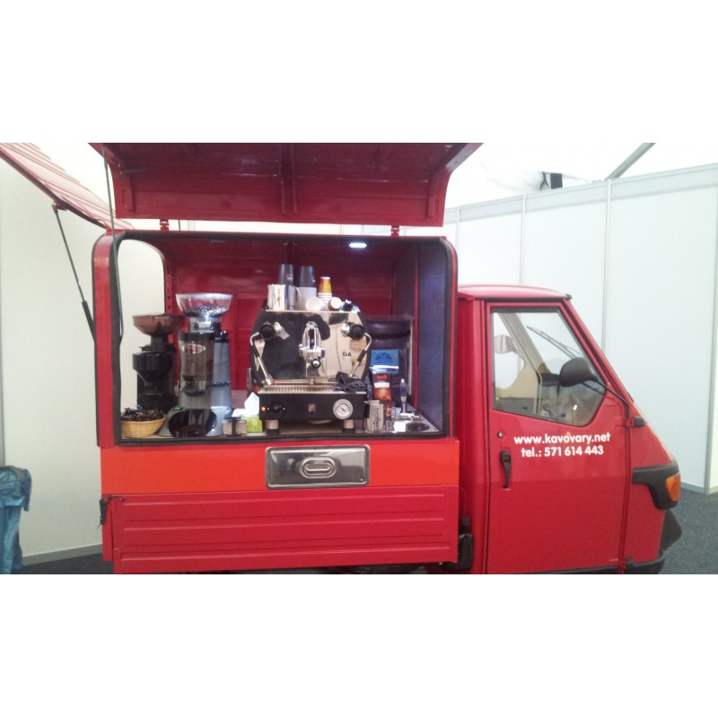 Piaggio APE 50 mobilní stánek - káva na cestách - mobilní kavárna
