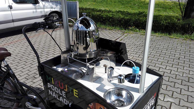 Elektro cargo bike reklamní stánek Nescafé