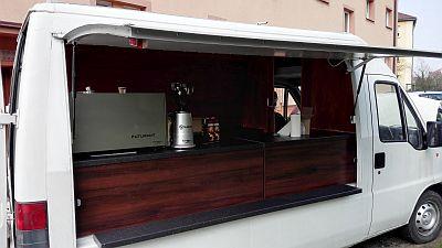 Mobilní kavárna v Tranzit
